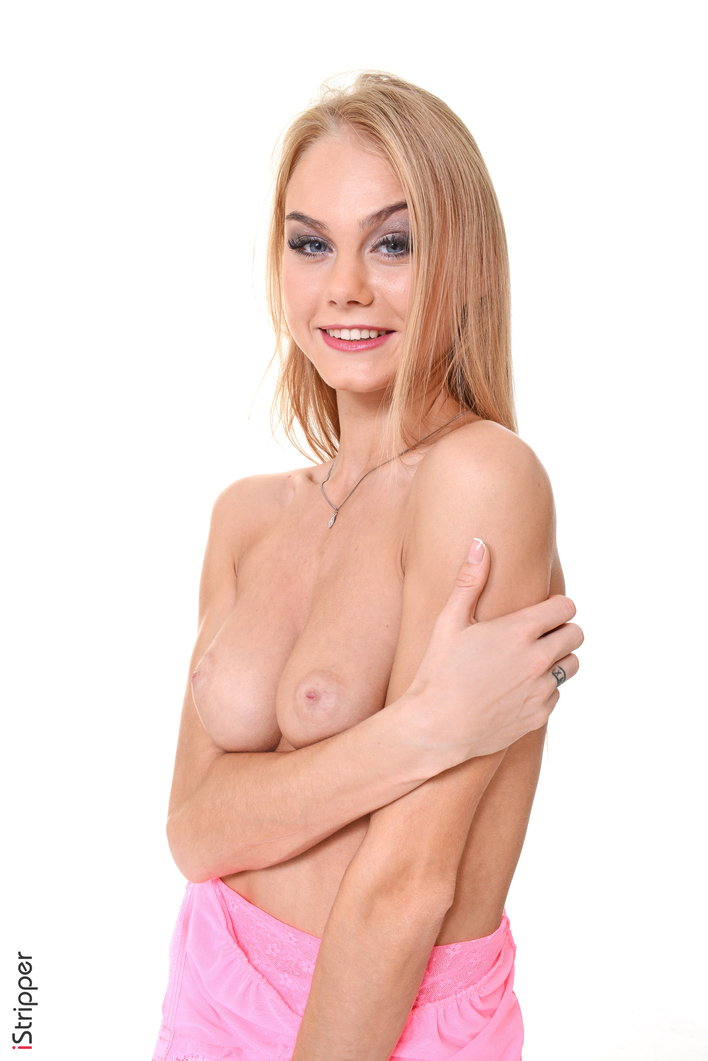 shaved wet pussy