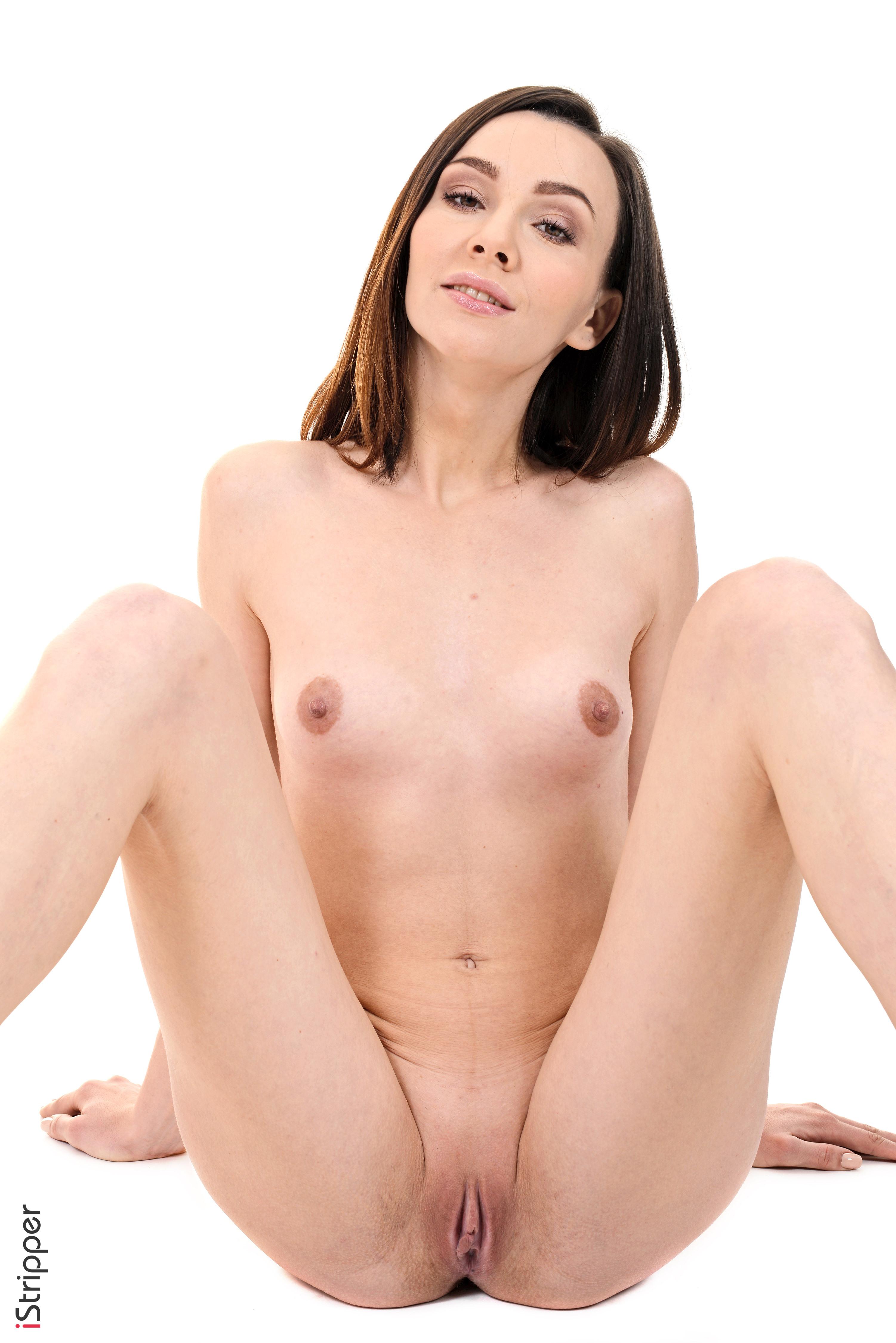 free stripping girls
